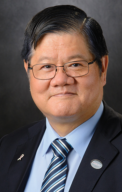 Photo of Dr. Hung for 2018 McGovern teaching award story